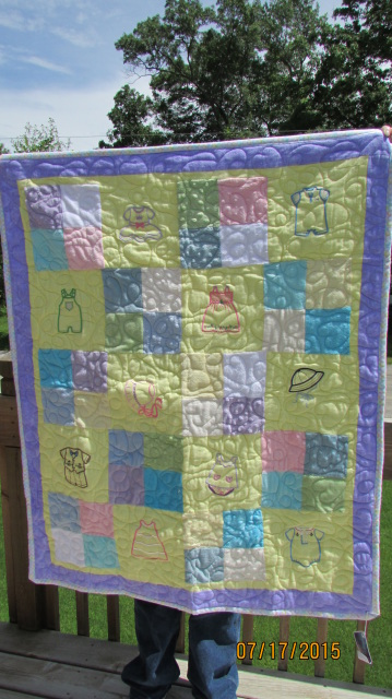 simple reasons quilt baby give homemade quilts to new moms